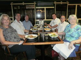General Botha Old Boys Lunch in W, Aust. March 2012 Clockwise from front left: Sharmaine Largesse, Michel Largesse  81/82, David Bell  53/54, Charles Moffat  72, Corney Durham 50/51, Ruth Durham.